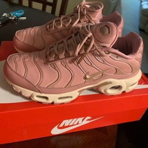 Nike Air Max Plus Women's Rust Pink